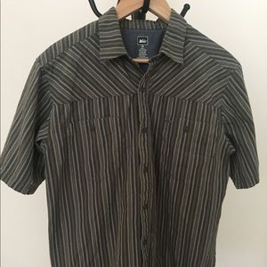 REI button up shirt with short sleeves